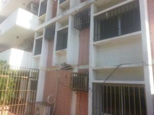 Apartamento En Ventaen Maracaibo, Las Delicias, Venezuela, VE RAH: 18-3291