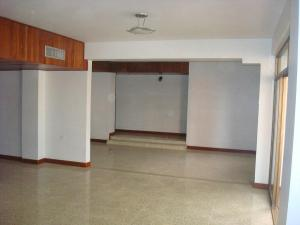Apartamento En Ventaen Maracaibo, La Lago, Venezuela, VE RAH: 18-3126
