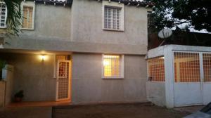 Casa En Ventaen Maracaibo, Club Hipico, Venezuela, VE RAH: 18-3118