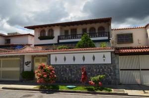 Casa En Ventaen Caracas, Colinas De La California, Venezuela, VE RAH: 18-3143