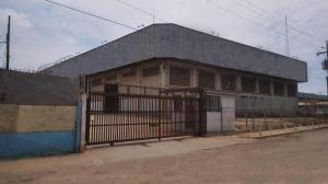 Galpon - Deposito En Alquileren Maracaibo, Zona Industrial Sur, Venezuela, VE RAH: 17-10970