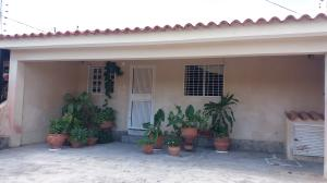 Casa En Ventaen Cabudare, Parroquia José Gregorio, Venezuela, VE RAH: 18-3154