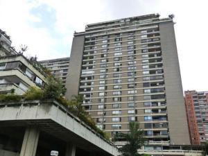 Apartamento En Ventaen Caracas, Prados Del Este, Venezuela, VE RAH: 18-3156