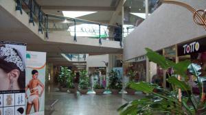 Local Comercial En Ventaen Maracaibo, Las Delicias, Venezuela, VE RAH: 18-3149
