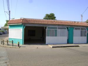 Casa En Ventaen Municipio San Francisco, Sierra Maestra, Venezuela, VE RAH: 18-3165