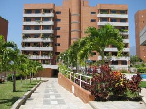 Apartamento En Ventaen Caracas, Lomas Del Sol, Venezuela, VE RAH: 18-3182