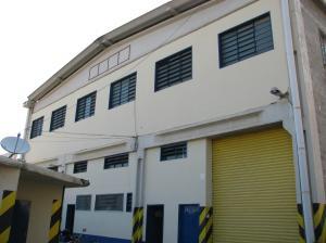 Local Comercial En Ventaen Guarenas, Sector Industrial Cloris, Venezuela, VE RAH: 18-3184