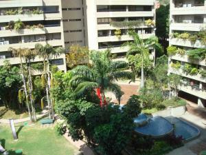 Apartamento En Ventaen Caracas, Santa Eduvigis, Venezuela, VE RAH: 18-3190