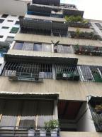 Apartamento En Ventaen Caracas, Parroquia San Jose, Venezuela, VE RAH: 18-3209