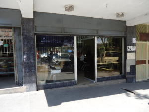 Local Comercial En Ventaen Caracas, Catia, Venezuela, VE RAH: 18-3225