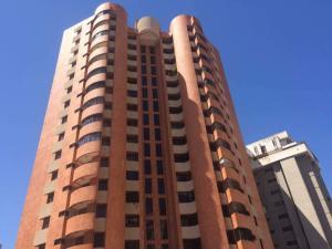 Apartamento En Ventaen Maracaibo, Avenida Bella Vista, Venezuela, VE RAH: 18-3470