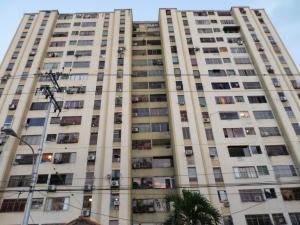 Apartamento En Ventaen Barquisimeto, Parroquia Santa Rosa, Venezuela, VE RAH: 18-3254