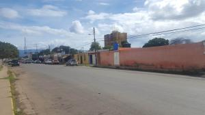Terreno En Ventaen Coro, Avenida Independencia, Venezuela, VE RAH: 18-3263