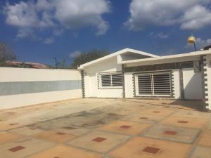 Casa En Ventaen Punto Fijo, Zarabon, Venezuela, VE RAH: 18-3269