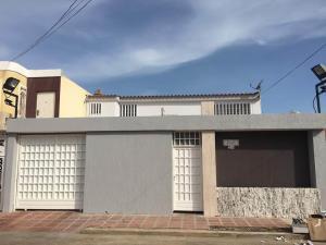 Casa En Ventaen Maracaibo, Maranorte, Venezuela, VE RAH: 18-3390