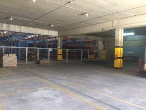Galpon - Deposito En Alquileren Maracaibo, Zona Industrial Norte, Venezuela, VE RAH: 18-3318