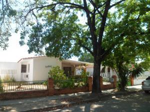 Casa En Ventaen Guacara, Ciudad Alianza, Venezuela, VE RAH: 18-3345