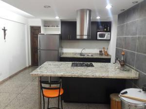 Apartamento En Ventaen Maracaibo, Avenida Delicias Norte, Venezuela, VE RAH: 18-3348