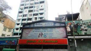 Local Comercial En Ventaen Caracas, Parroquia La Candelaria, Venezuela, VE RAH: 18-3414