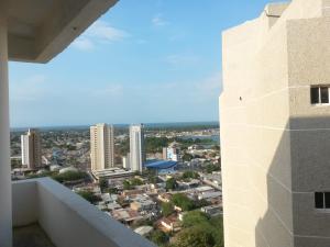 Apartamento En Ventaen Maracaibo, El Milagro, Venezuela, VE RAH: 18-3386