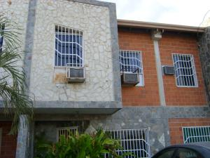 Townhouse En Ventaen Palo Negro, Conjunto Residencial El Oasis, Venezuela, VE RAH: 18-3351