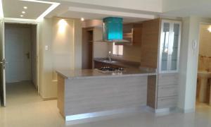 Apartamento En Alquileren Maracaibo, Avenida Milagro Norte, Venezuela, VE RAH: 18-3369