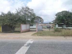 Galpon - Deposito En Ventaen Barquisimeto, Parroquia Tamaca, Venezuela, VE RAH: 18-3465