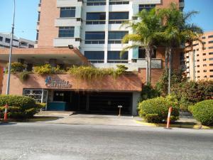 Apartamento En Ventaen Municipio Naguanagua, Maã±Ongo, Venezuela, VE RAH: 18-3909
