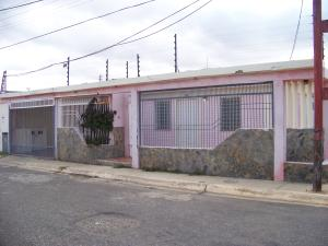 Casa En Ventaen Punto Fijo, Puerta Maraven - Mara Cardon, Venezuela, VE RAH: 18-3497