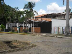 Anexo En Alquileren El Tigre, Los Cocales, Venezuela, VE RAH: 18-3902