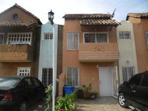 Townhouse En Ventaen El Tigre, Pueblo Nuevo Sur, Venezuela, VE RAH: 18-3531