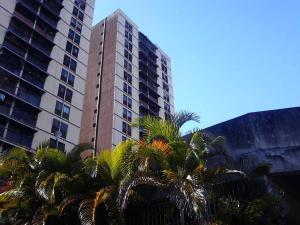 Apartamento En Ventaen Los Teques, Los Teques, Venezuela, VE RAH: 18-3526