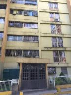 Apartamento En Ventaen Los Teques, Los Teques, Venezuela, VE RAH: 18-3540
