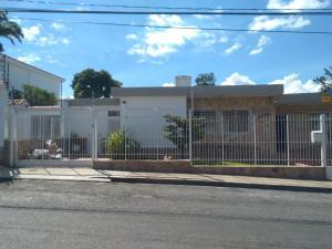 Casa En Ventaen Barquisimeto, Santa Elena, Venezuela, VE RAH: 18-3549