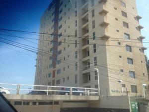 Apartamento En Alquileren Maracaibo, Valle Frio, Venezuela, VE RAH: 18-3576