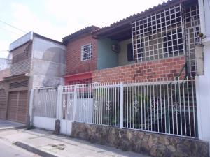 Casa En Ventaen Maracay, 23 De Enero, Venezuela, VE RAH: 18-3550