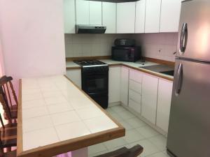 Apartamento En Alquileren Maracaibo, Tierra Negra, Venezuela, VE RAH: 18-3603