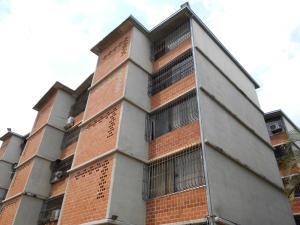 Apartamento En Ventaen Guarenas, Nueva Casarapa, Venezuela, VE RAH: 18-3607