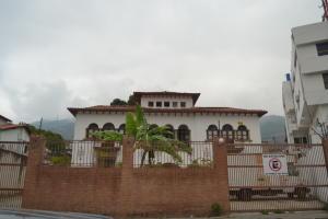 Casa En Ventaen Caracas, La Florida, Venezuela, VE RAH: 18-3615