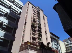 Apartamento En Ventaen Caracas, Parroquia La Candelaria, Venezuela, VE RAH: 18-3644