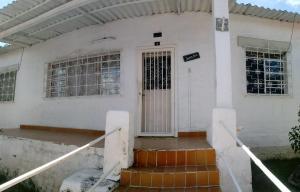 Casa En Ventaen Caracas, El Valle, Venezuela, VE RAH: 18-3674