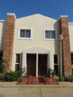 Townhouse En Ventaen Maracaibo, Monte Bello, Venezuela, VE RAH: 18-3634