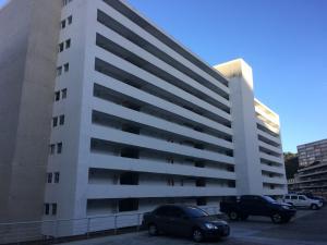 Apartamento En Ventaen Caracas, El Encantado, Venezuela, VE RAH: 18-3668