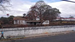 Terreno En Ventaen Ciudad Bolivar, Casco Central, Venezuela, VE RAH: 18-3658