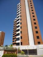 Apartamento En Ventaen Parroquia Caraballeda, La Llanada, Venezuela, VE RAH: 18-3684
