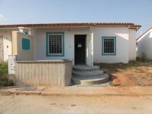 Casa En Ventaen Guacara, Ciudad Alianza, Venezuela, VE RAH: 18-3687