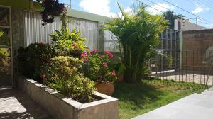 Casa En Ventaen Coro, Barrio San Jose, Venezuela, VE RAH: 18-3726