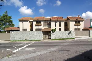 Casa En Ventaen Caracas, Colinas De Bello Monte, Venezuela, VE RAH: 18-3740