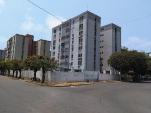 Apartamento En Ventaen Maracaibo, Avenida Goajira, Venezuela, VE RAH: 18-3822