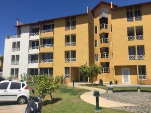 Apartamento En Alquileren Lecheria, Complejo Turistico El Morro, Venezuela, VE RAH: 18-3827